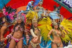 Bailarines de la samba en el carnaval Fotos de archivo libres de regalías