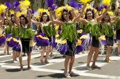 Bailarines del desfile del solsticio Imagenes de archivo