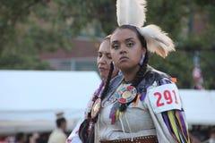 Bailarines del nativo americano en prisionero de guerra-guau Imagen de archivo libre de regalías