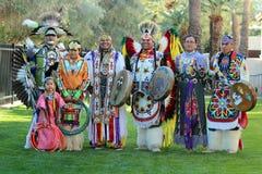Bailarines del Powwow - museo oído Imagen de archivo