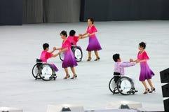 Bailarines del sillón de ruedas Imagenes de archivo