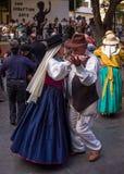 Bailarines en el festival de las islas Canarias Imagenes de archivo