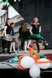 Bailarines en etapa Foto de archivo libre de regalías