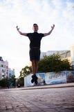 Bailarines en la calle imagen de archivo libre de regalías
