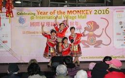 Bailarines en la celebración china del Año Nuevo en Vancouver Foto de archivo libre de regalías