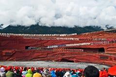 Bailarines en la impresión Lijiang Fotografía de archivo
