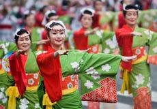 Bailarines japoneses del festival Fotografía de archivo