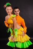 Bailarines jovenes hermosos Imágenes de archivo libres de regalías