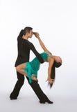 Bailarines latinos del salón de baile con el vestido verde - curva trasera Fotografía de archivo libre de regalías
