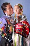 Bailarines nativos en el museo oído Imagen de archivo
