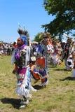 Bailarines no identificados del nativo americano en el prisionero de guerra wow de NYC Foto de archivo