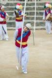 Bailarines populares y músicos coreanos Foto de archivo libre de regalías