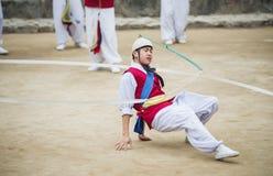 Bailarines populares y músicos coreanos Imágenes de archivo libres de regalías