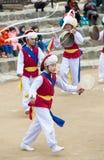Bailarines populares y músicos coreanos Imagen de archivo