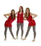 Bailarines sonrientes de Hip Hop en rojo Imágenes de archivo libres de regalías