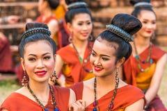 Bailarines tradicionales del noreste tailandeses Fotografía de archivo