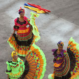 Bailarines tradicionales en Cartagena, Colombia Imágenes de archivo libres de regalías