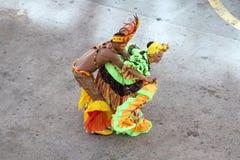 Bailarines tradicionales en Cartagena, Colombia Fotos de archivo