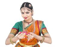 Bailarín clásico de sexo femenino de la India Imagen de archivo libre de regalías