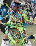 Baile adolescente del nativo americano Fotografía de archivo