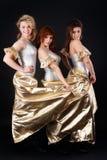 Baile bonito de tres muchachas Foto de archivo libre de regalías