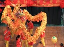 Baile chino del dragón Fotos de archivo libres de regalías