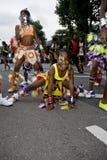 Baile de la chica joven en el carnaval Foto de archivo