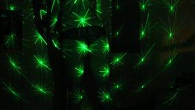 Baile de la muchacha en la luz laser metrajes