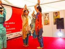 Baile de la mujer Foto de archivo libre de regalías
