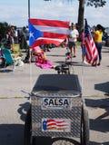 Baile de la salsa en la playa de la huerta Foto de archivo libre de regalías