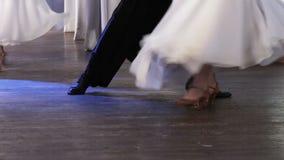 Baile de salón de baile almacen de metraje de vídeo