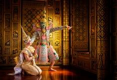 Baile de Tailandia de la cultura del arte en khon enmascarado en ramaya de la literatura fotos de archivo libres de regalías