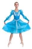 Baile del bailarín de ballet de la bailarina de la mujer joven en el fondo blanco Imágenes de archivo libres de regalías