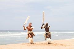 Baile del hombre del Zulú Fotos de archivo