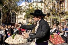 Baile del hombre en Valencia, España Fotografía de archivo