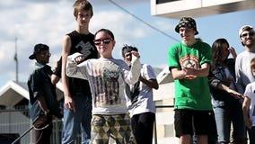 Baile del niño Campeonato del estilo moderno de la danza almacen de metraje de vídeo