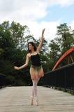 Baile en el puente Imagen de archivo libre de regalías