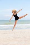 Baile en la playa Fotos de archivo