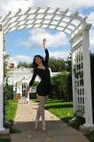 Baile en la puerta del arco Imágenes de archivo libres de regalías