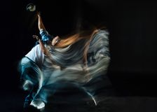 Baile hermoso agradable del hombre Imagen de archivo libre de regalías