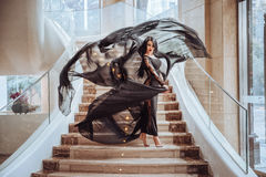 Baile hermoso de la muchacha fotografía de archivo libre de regalías