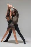 Baile joven de los pares fotografía de archivo