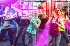 Baile y sonrisa aptos del grupo Fotos de archivo