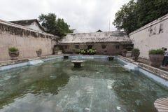 Bain de Plataran Tamansari dans Kraton Image stock
