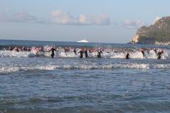 Bain sain d'exercice de sport de triathlete de triathlon Images libres de droits