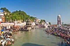 Bain saint divin chez Haridwar Photographie stock libre de droits
