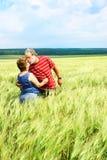 Baisers aînés de couples Images stock