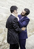 Baisers d'amour d'hommes Photo stock