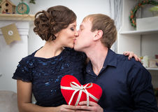 Baisers de deux amoureux Photos libres de droits