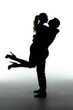 Baisers romantiques de couples Photos stock